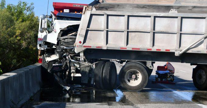 Dump truck tractor-trailer accident