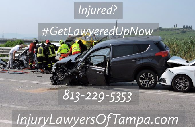 Rear end collision Tampa Florida - 2 cars in an auto accident